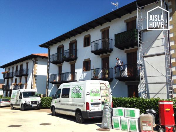Trabajos de aislamiento de fachada en iraitzoz navarra - Comparativa aislantes termicos ...